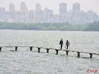 图说武汉︱春风十里,东湖凌波